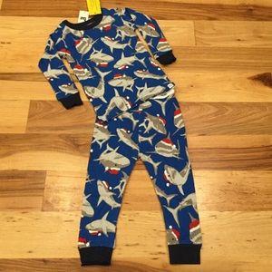 Baby Gap Boys 6-12 M Santa Shark 2-Piece Pajamas
